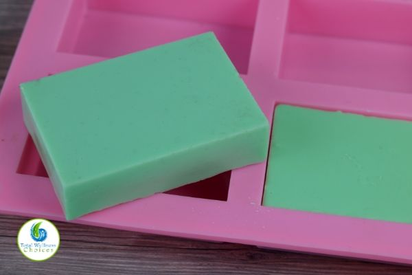 Melt and pour soap recipe for beginners